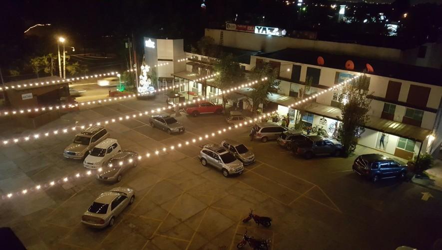 Centro Comercial Yaz Plaza