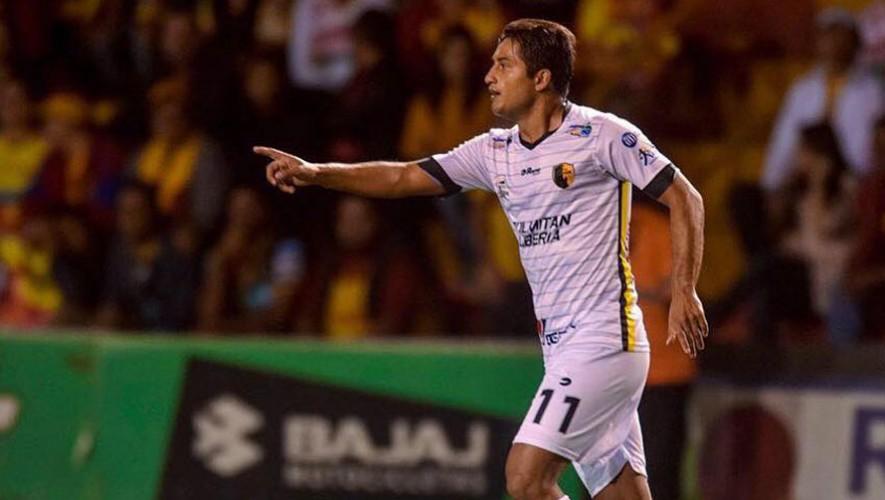 Padilla está cerca de jugar con su cuarto equipo extranjero, tras su paso por Costa Rica. (Foto: Divari)