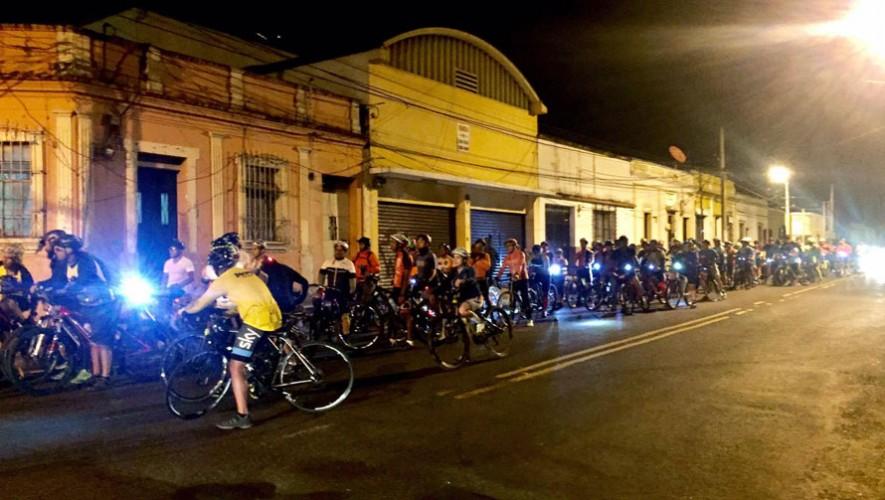 Colazo nocturno en bicicleta de Bicirol en la Ciudad de Guatemala| Enero 2017