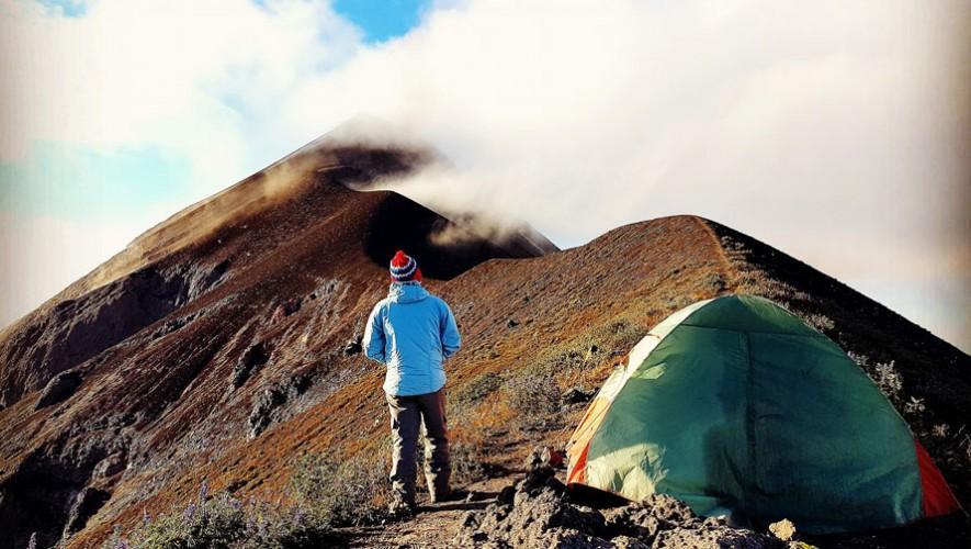 Ascenso y campamento en el camellón del Volcán de Fuego   Enero 2017