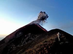 campamento camellon volcan fuego
