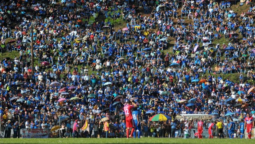 Partido de Cobán vs Xelajú por el Torneo Clausura | Enero 2017