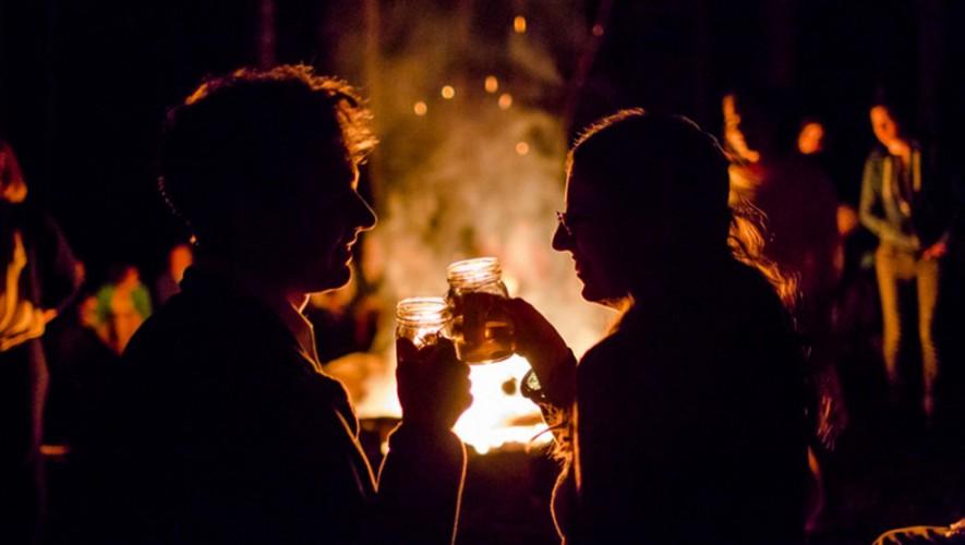 Picnic nocturno para parejas en Volkano Lodge en Santa Elena Barillas   Febrero 2017