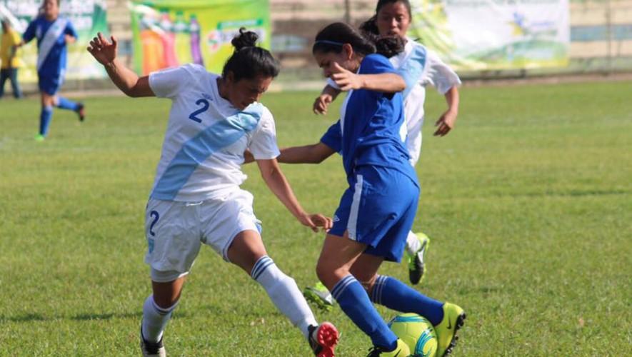 Este fue el primer juego de estrellas que realiza la Liga Nacional de fútbol femenino guatemalteco. (Foto: Federación Nacional de Fútbol de Guatemala)