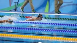 Convertirte en un nadador profesional te puede abrir puertas en el extranjero, como becas deportivas en universidades. (Foto: COG)