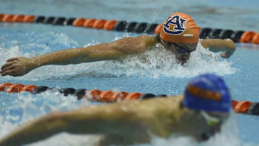 Martínez contó con una excelente temporada en la Universidad de Auburn.  (Foto: Auburn Swimming & Diving)