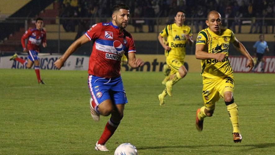 Partido de Marquense vs Xelajú por el Torneo Clausura   Enero 2017