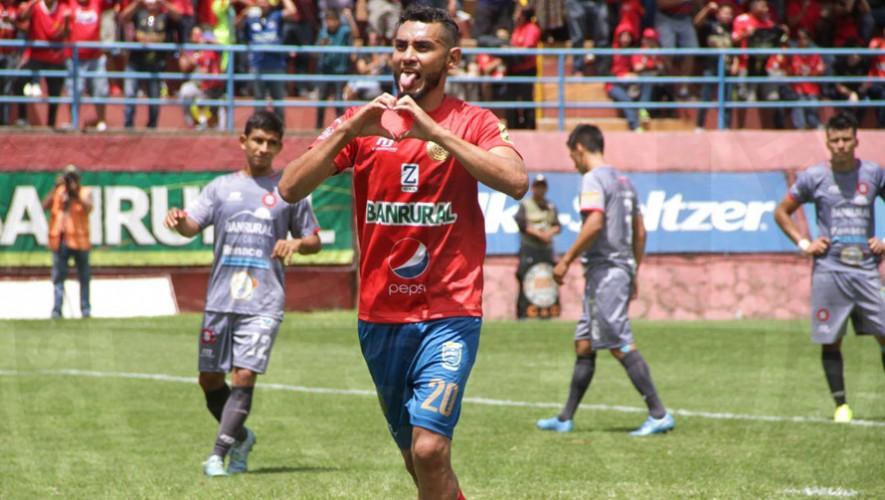 Partido de Municipal vs Carchá por el Torneo Clausura   Enero 2017