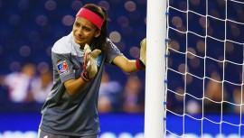 La portera de la selección fue apenas superarada por dos futbolistas estadounidenses durante la votación de los premios de la Concacaf. (Foto: AFP)