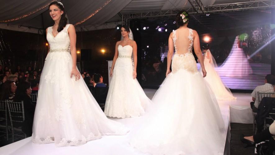 Pasarela de vestidos de boda en Portal de Bodas y Eventos   Enero 2017