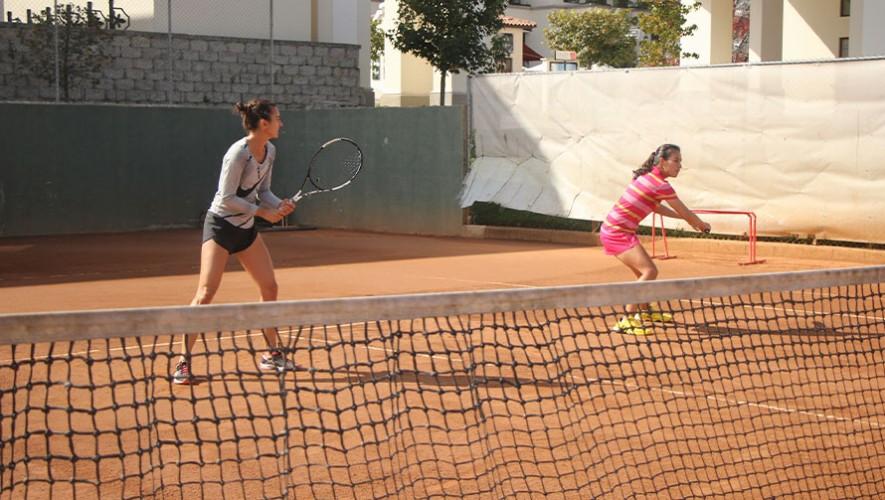 Andrea Weedon y Melissa Morales participan en su segundo torneo de 4 que disputarán en Turquía. (Foto: COG)