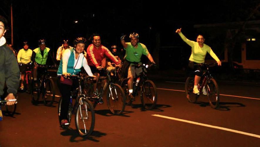 Tour nocturno en bicicleta por la Ciudad de Guatemala | Enero 2017