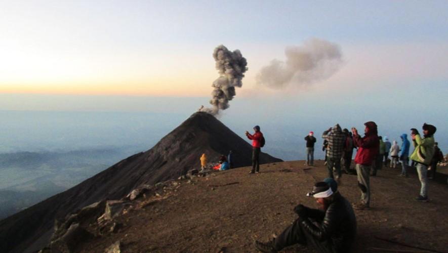 Ascenso al Volcán Acatenango por Viajeros GT | Enero 2017