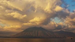 volcan-san-pedro-james-rice