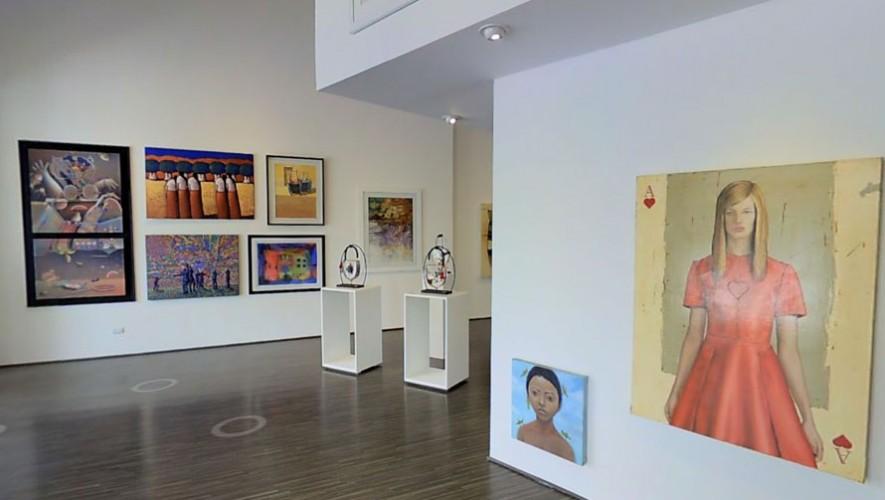 Exhibición de arte en Paseo Cayalá
