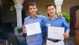 Gustavo Gordillo y Ricardo Franco, dos de los cuatro estudiantes que viajarán a San Francisco. (Foto: Global Shapers Guatemala City)