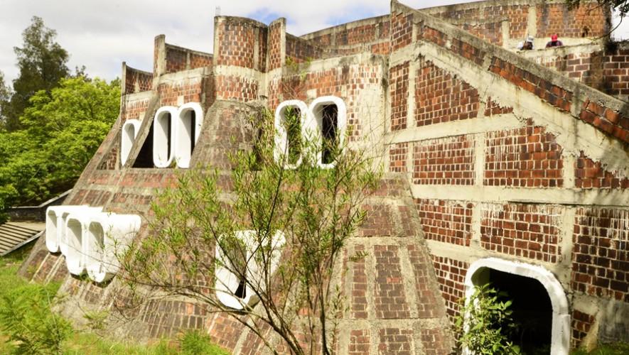 El Instituto Nacional de Marimba que se encontraba en ruinas será finalizado en 2017. (Foto: Ernesto Herrarte)