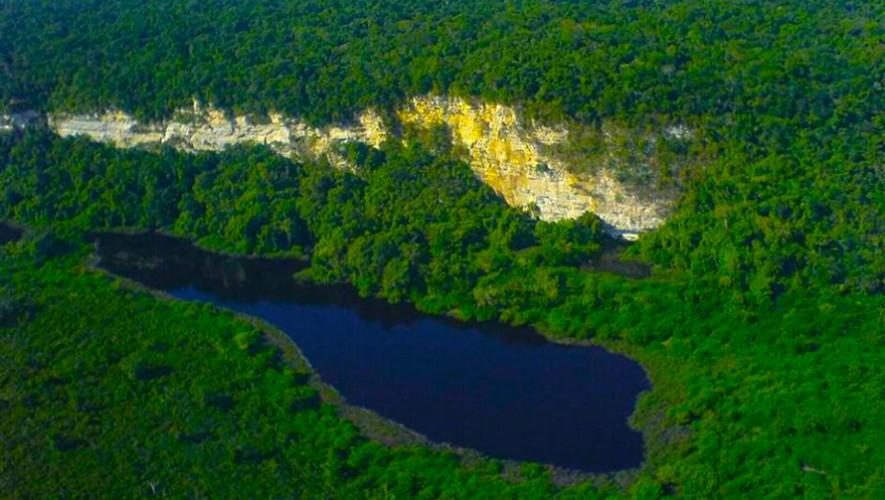 Resultado de imagen para Parque Nacional Laguna del Tigre petén