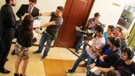 Los guatemaltecos pueden participar en el concurso de cortometrajes en 48 horas. (Foto: Universidad Mesoamericana Xela)