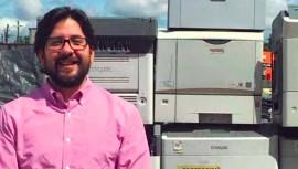 Marco Vinicio Sosa es el guatemalteco que destacó en Forbes por su proyecto de reciclar computadores y electrónicos. (Foto: Forbes MX)