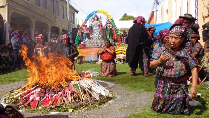 Las cofradías indígenas forman parte de nuestro patrimonio cultural intangible. (Foto: Noti 5 Sololá)