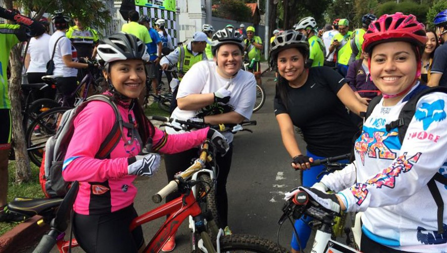 Primer Paseo familiar en bicicleta de Saúl L'Ostería   Febrero 2017