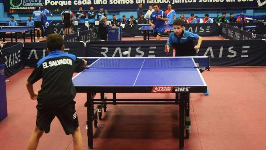 El equipo de Guatemala no se quedó fuera del podio en el evento por equipos.  (Foto: Federación Nacional de Tenis de Mesa Guatemala)