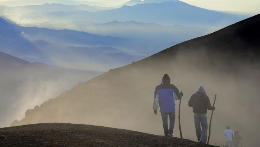 Ascenso al Volcán Acatenango por Adventour Squad   Febrero 2017