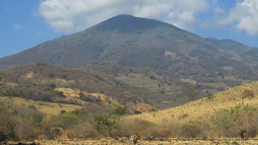 Ascenso a los volcanes Jumaytepeque, Suchitán y Culma | Febrero 2017