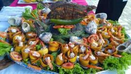Festival gastronómico dentro del Castillo de San Felipe de Lara, Livingston, Izabal
