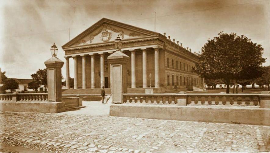 Fotografías de cómo era el Teatro Colón en la Ciudad de Guatemala