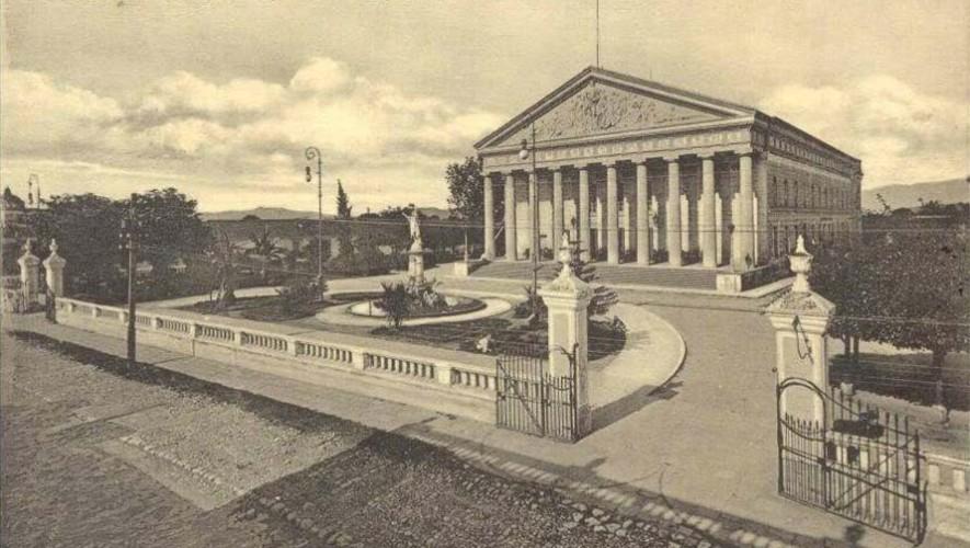 Fotografías de cómo era el Teatro Colón o Teatro Carrera en la Ciudad de Guatemala