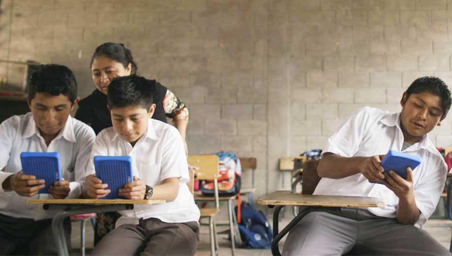 Google elige escuela rural en Guatemala para filmar un video de educación y tecnología