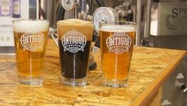 Inauguran en Antigua Guatemala la primera cervecería artesanal