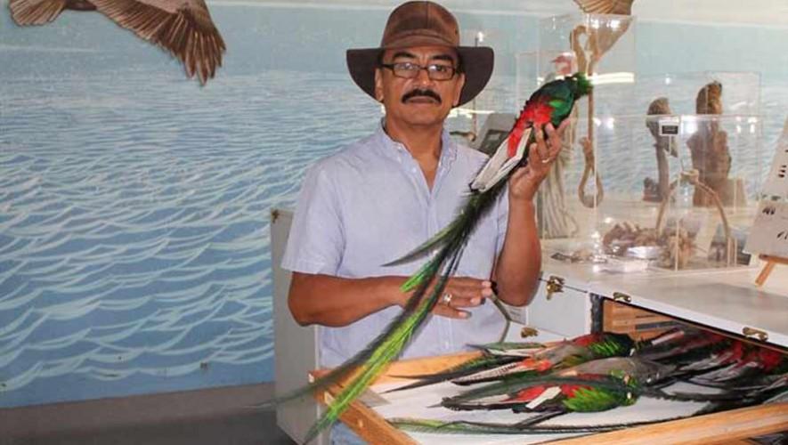 René Corado, guatemalteco que es gerente del Western Foundation of Vertebrate Zoology