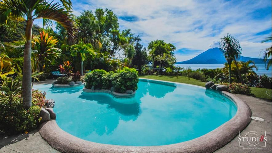 Hotel san buenaventura en panajachel hoteles con piscina for Hoteles en portonovo con piscina