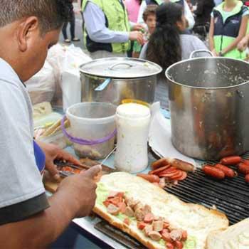 Venta de shucos en Guatemala