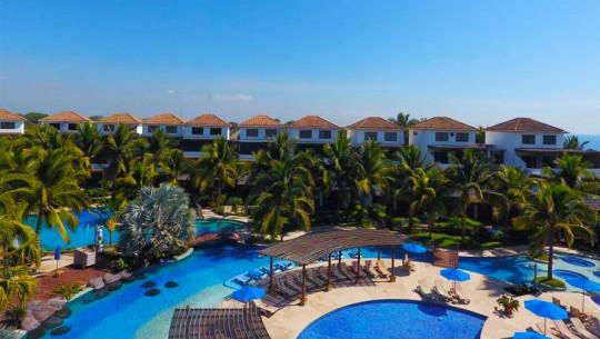 Hermosas piscinas en guatemala que querr s conocer for Villas los cabos monterrico