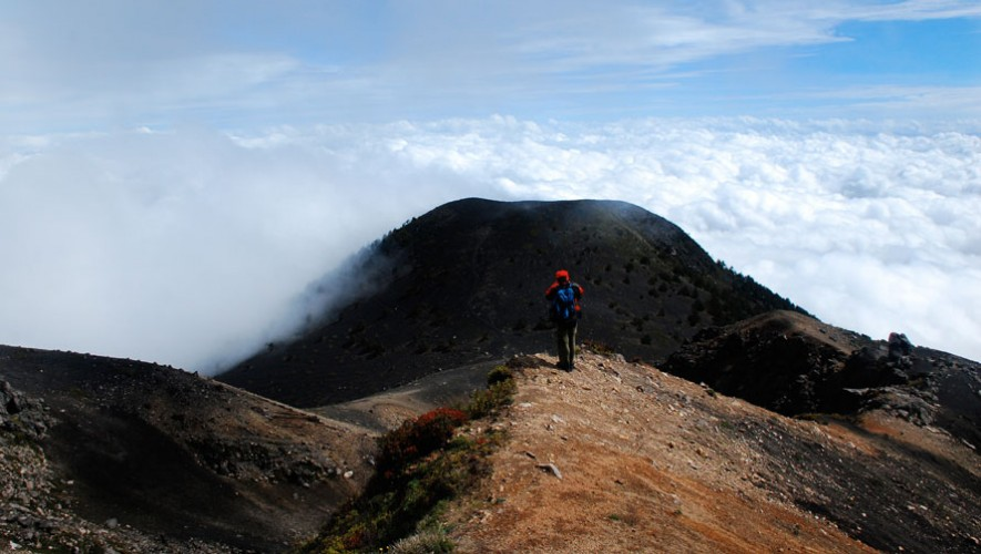 Ascenso y campamento al volcán Acatenango | Marzo 2017