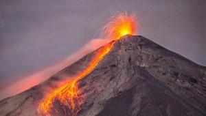 Ascenso al volcán de Fuego por Alotenango   Marzo 2017