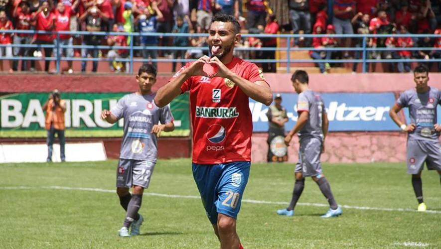 """Los """"Rojos"""" quieren mantener su invicto ante Carchá, por lo que saldrán por los tres puntos. (Foto: Rojos del Municipal)"""