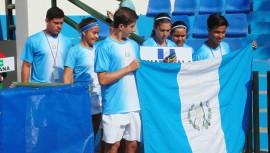 Guatemala buscará su clasificación a la siguiente ronda para acceder al mundial juvenil de tenis. (Foto: FST)