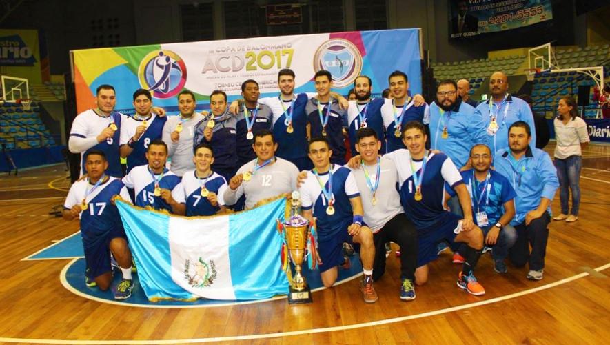 La selección de Guatemala logró retener el título centroamericano de Balonmano. (Foto: ACD)