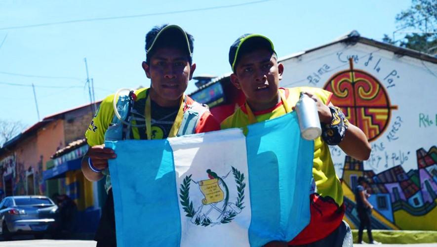 Los hermanos Saquiquel dominaron la prueba reina de la carrera. (Foto: Corriendo por la vida SV)