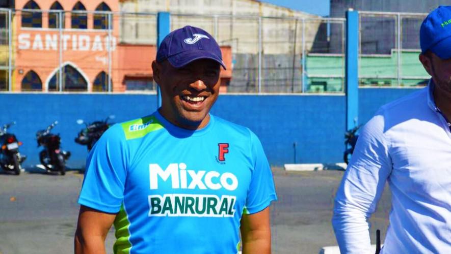 """""""El Pin"""" asumirá un nuevo reto en su nueva carrera como entrenador de fútbol. (Foto: Deportivo Mixco Oficial)"""
