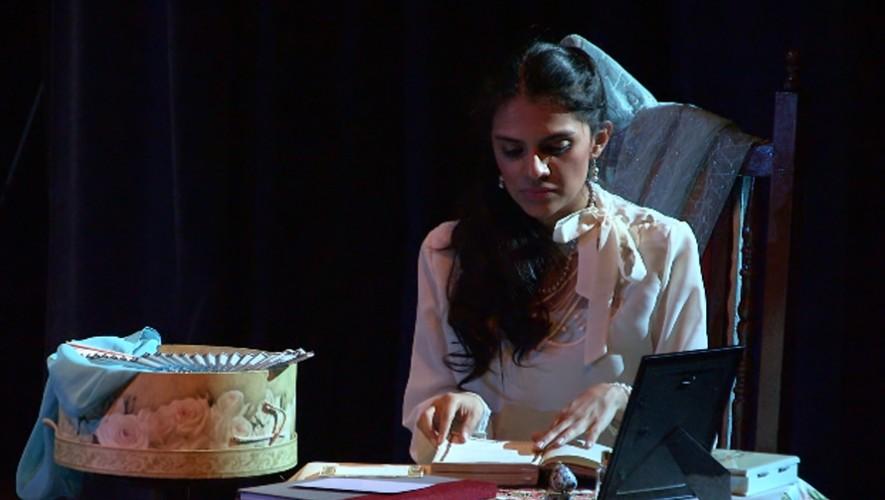 """Obra """"La niña de Guatemala"""" en Teatro Dick Smith"""