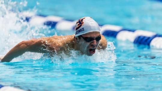 Martínez fue reconocido por su equipo con el All American Honor. (Foto: Auburn Swimming and Diving)
