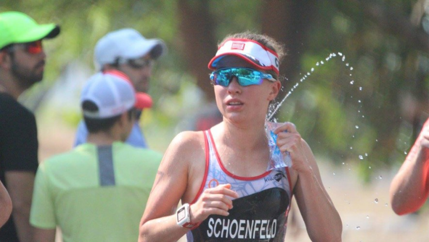 Marleny Schoenfeld se quedó con el primer lugar de la distancia standard femenina. (Foto: Robertito Morales)