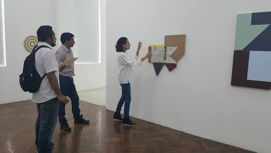 "Visita guiada a exposición ""Vulcanidad"" de Diana Solares en The 9.99/Gallery   Marzo 2017"