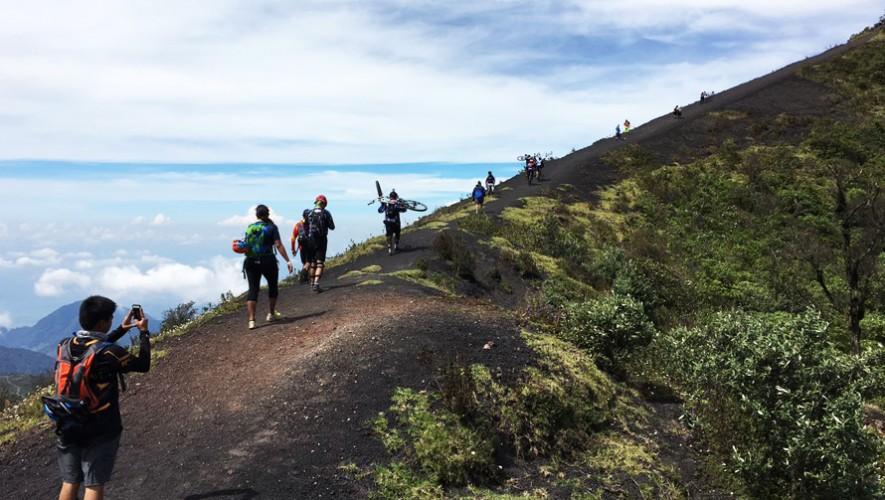 Colazo en bicicleta en el Volcán de Pacaya   Abril 2017